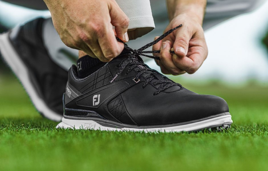 10 Best Comfortable Golf Shoes (In 2021)
